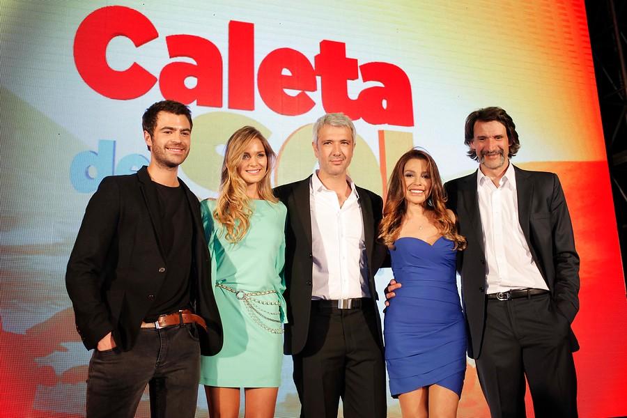 Caleta del Sol, Mayte Rodríguez y Carolina Arregui
