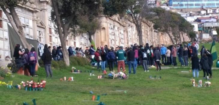 Funeral masivo en Valparaíso
