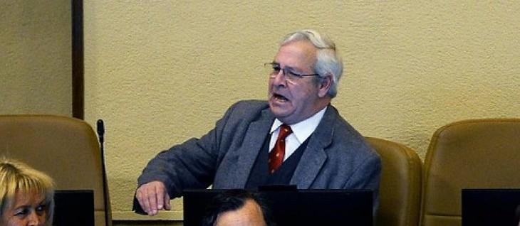Diputado Urrutia en votación por el 10%