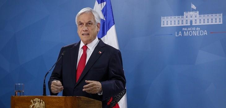 Hasta el Congreso llegaron los cacerolazos: protestas marcan inicio de Cuenta Pública de Piñera
