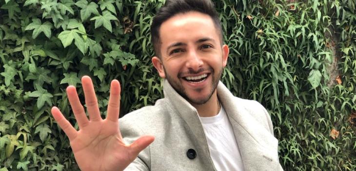 Hugo Valencia celebra 50 capítulos de programa de Instagram