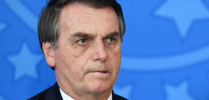Falabella denuncia a empleados que usaron Visa de Bolsonaro y familia tras filtración de Anonymous