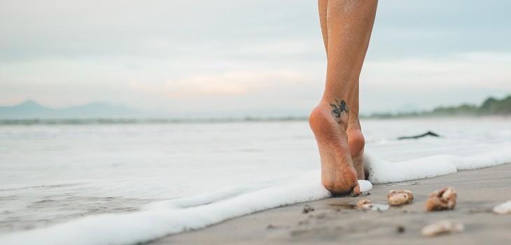 Brote de coronavirus en playa nudista