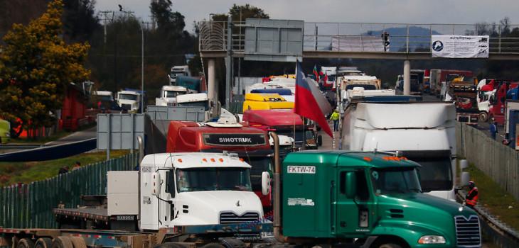 Paro de camioneros sigue el fin de semana