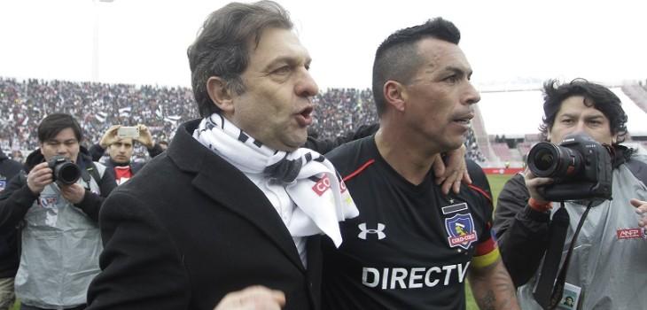 Aníbal Mosa le entregaría millonario bono a referentes de Colo Colo para recomponer su relación