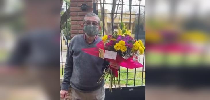Padre caminó cuadras solo para saludar a su hija