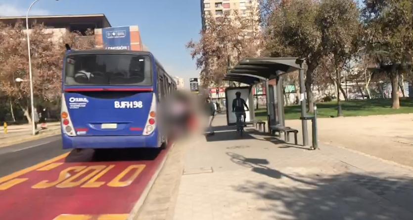 Hombre fue linchado en parque de Santiago tras ser acusado de robo