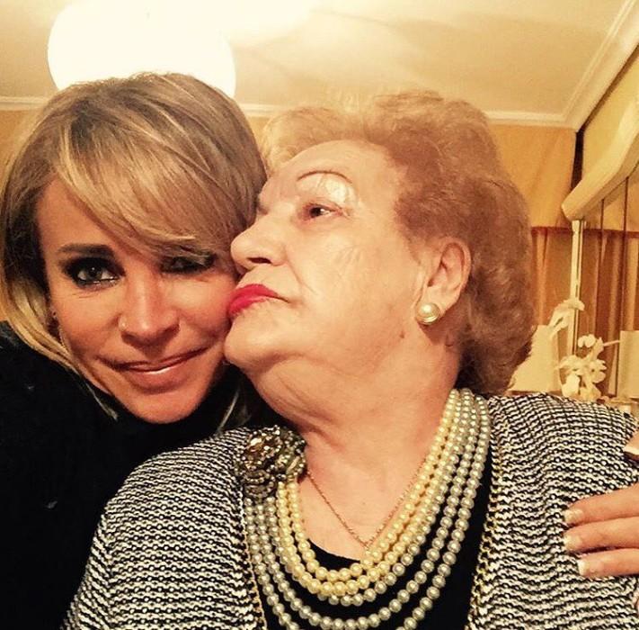 Eva Gómez y su madre