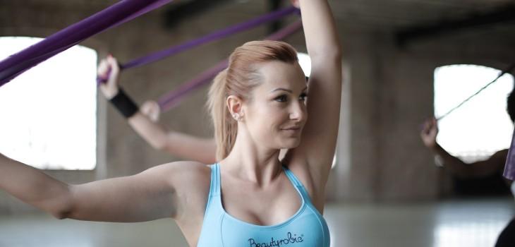 Los grandes beneficios de usar bandas elásticas en tu rutina de ejercicios