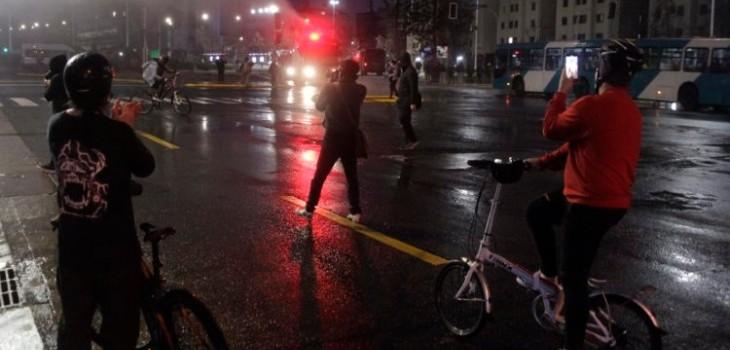 detenidos en manifestación por el Apruebo en Plaza Italia