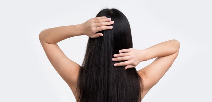 técnica japonesa de peinado para un pelo sano y brillante
