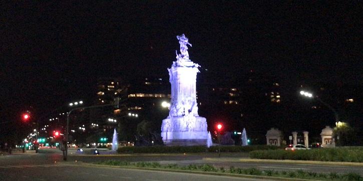 Monumento a La Carta Magna y las Cuatro Regiones Argentinas | Embajada de Chile en Argentina