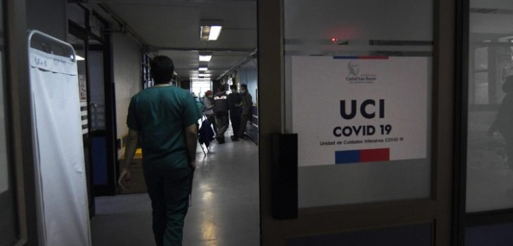 el equipo ICOVID Chile alertaron que actualmente hay regiones del norte y sur del país que presentan focos de contagio similares a los que tuvo Santiago en mayo de este año, previo al peak registrado un mes después.