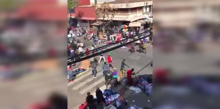 registran violento enfrentamiento de vendedores ambulantes en Barrio Meiggs