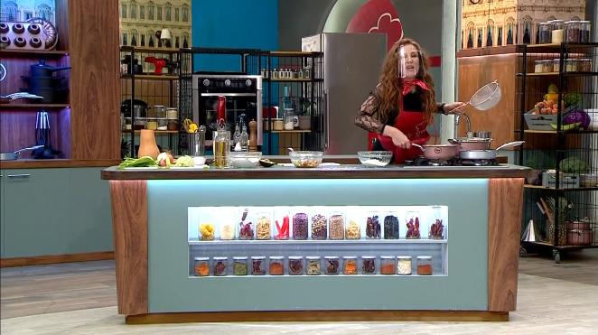 Sigrid Alegría en Oye al chef