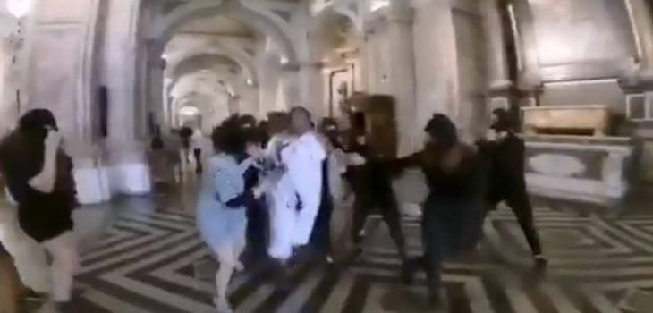 Chile Vamos incluyó falso secuestro en la Catedral Metropolitana dentro de la franja del Rechazo
