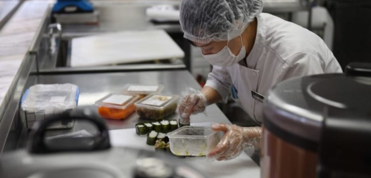China denuncia que encontró covid-19 en envase de mariscos importados desde Chile