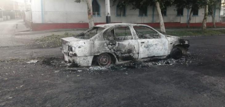 Joven de 15 años murió atropellado en barricada en Huechuraba: auto fue quemado y hay un detenido