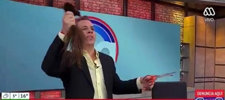 Defensa de Viñuela aseguró que camarógrafo aceptó pago de $350 mil tras corte de pelo en vivo