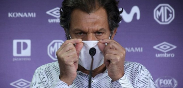 Aníbal Mosa habría prometido millonario bono a plantel de Colo Colo en caso de que se salven de la B