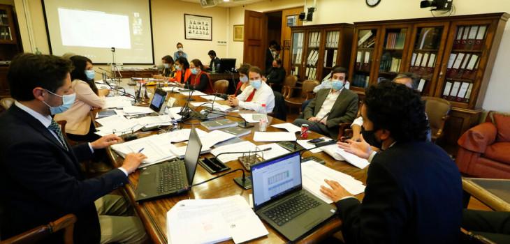Proyecto del Gobierno de retiro del 10% sigue avanzando en la Cámara: se zanjó polémica por impuesto