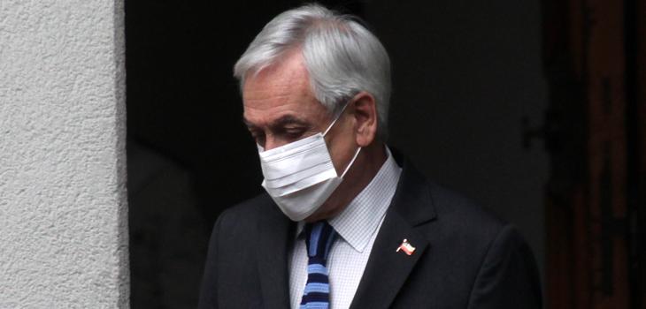 Piñera pide perdón por foto sin mascarilla