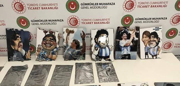 encuentran cocaína oculta en cargamento de retratos del '10'