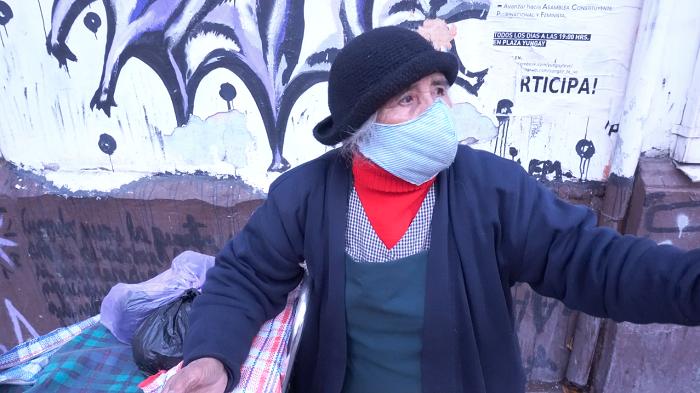 Fernando Lasalvia cuenta que pasó un mes viviendo en una pieza con la caja de alimentos del gobierno