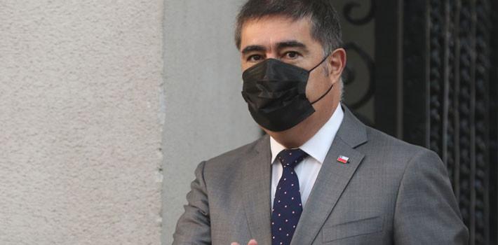 Mario Desbordes renuncia al Ministerio de Defensa con miras a una candidatura presidencial