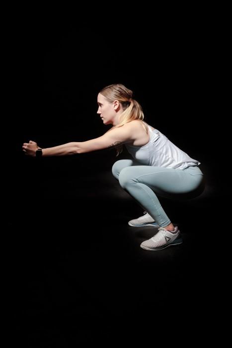 Sentadillas, flexiones y dominadas: guía para ejecutarlas correctamente y así evitar lesiones