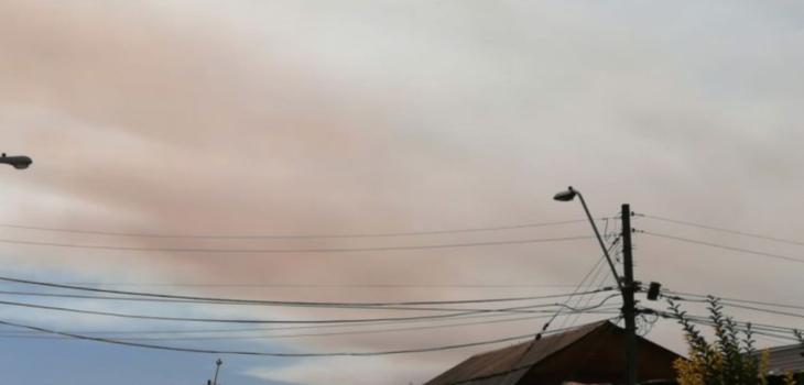 humo de incendio en Quilpué es visible de la RM