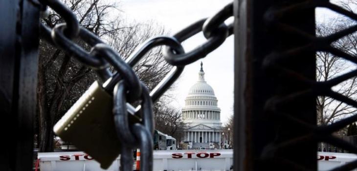 Hombre que intentó entrar a Washington armado dijo que estaba perdido y fue un error