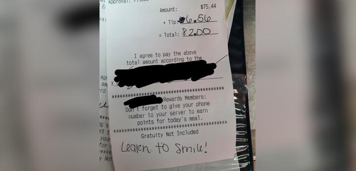 Camarero recibió indignante mensaje en la boleta