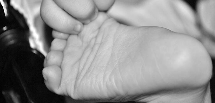 Bebé abandonado en Argentina con triste nota