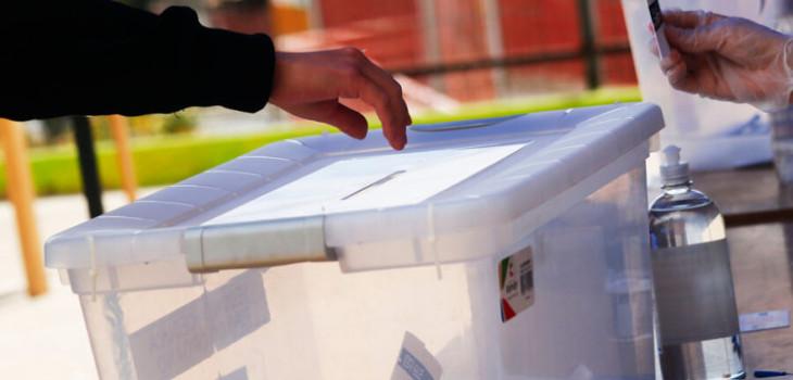 Cámara votaría el viernes ley de voto anticipado: Gobierno rechaza plazo de 7 días para sufragar