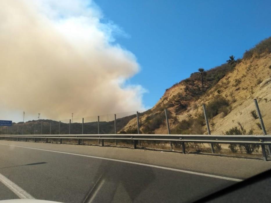 Las imágenes que dan cuenta del incendio en Valparaíso y Quilpué: se mantiene Alerta Roja