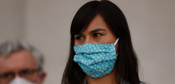 Servicios de Salud rechazaron cuestionamientos de Izkia Siches