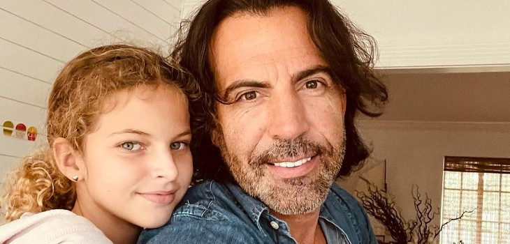 Felipe Viel a 8 años de la llegada de sus hijos