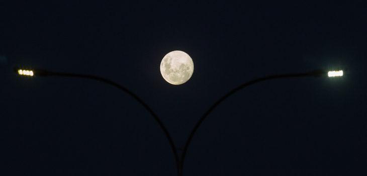 Superluna Rosa 26 y 27 de abril
