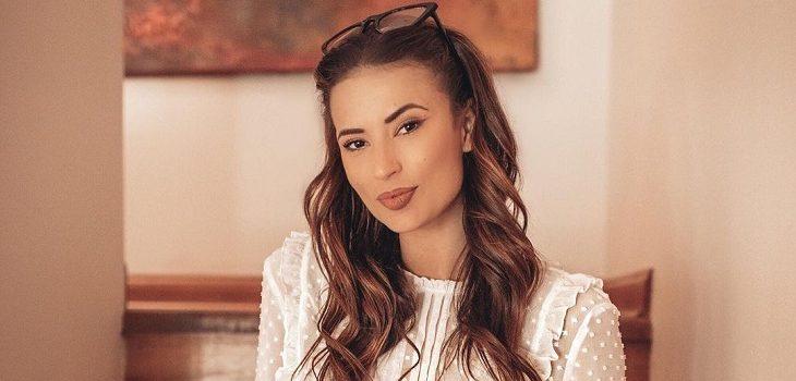 Julia Fernándes afectada por su estado de salud