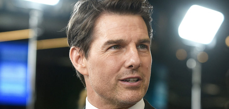 Tom Cruise devuelve sus globos de oro