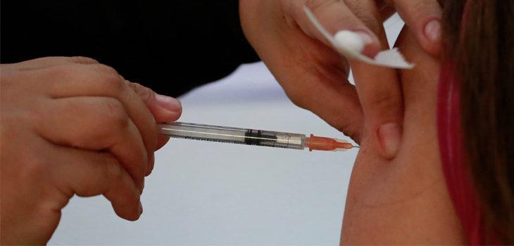 vacunación menores de 18 años