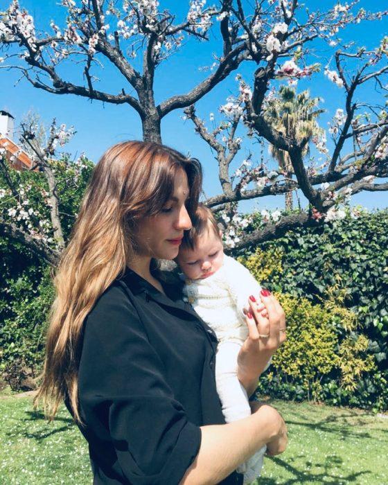 Carmen Zabala y Luisa