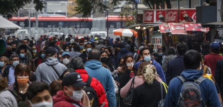 61 mil casos activos en Chile