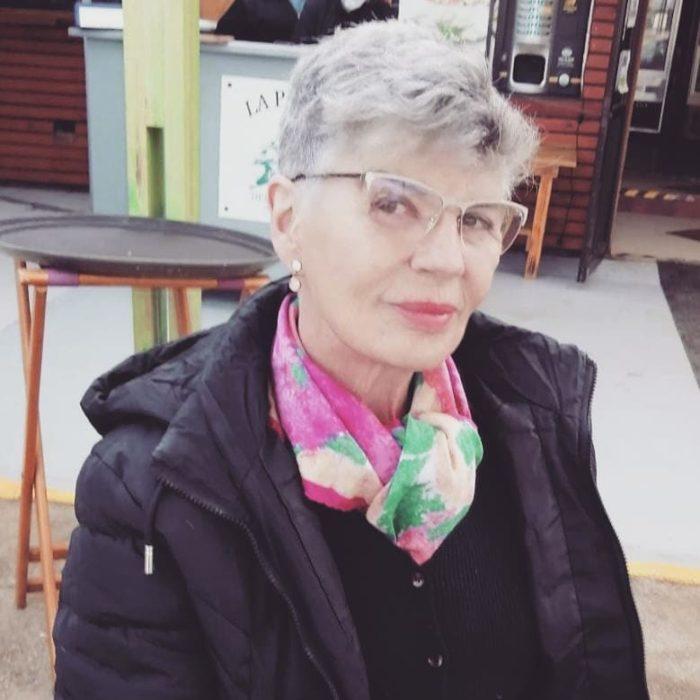 Consuelo Holzapfel
