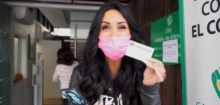 Pamela Díaz se vacunó