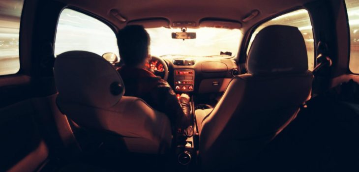 abuso-padre-hija-auto