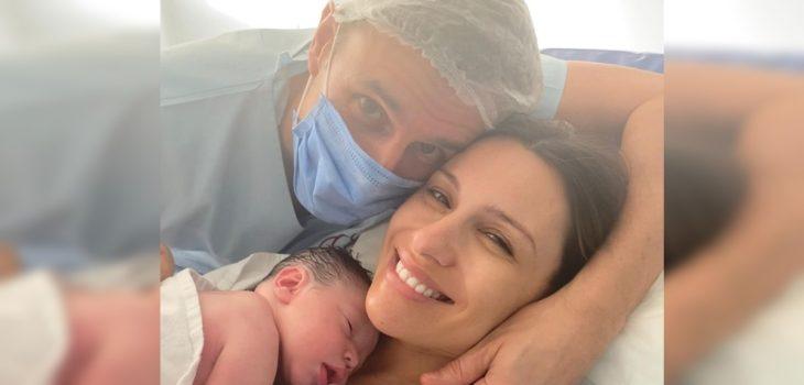 Pampita regresó a su trabajo tras dar a luz